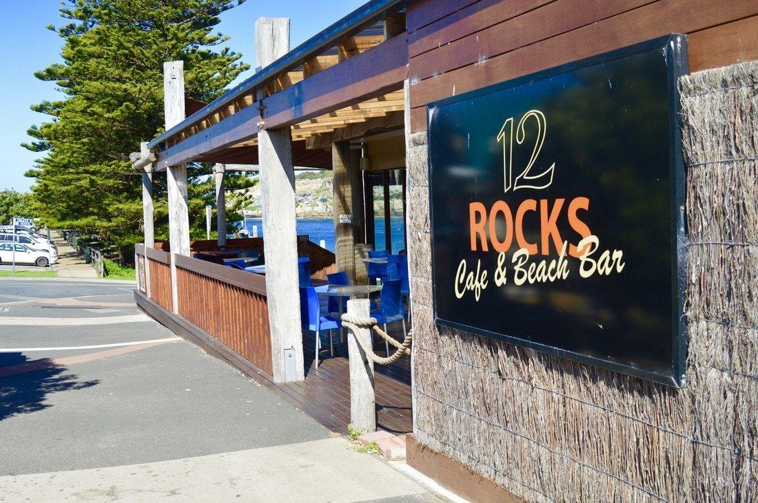 12 Rocks Beach Bar Café