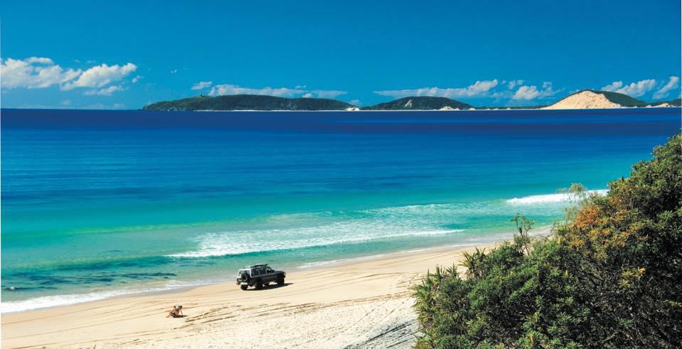 4WD Tour Noosa to Rainbow Beach